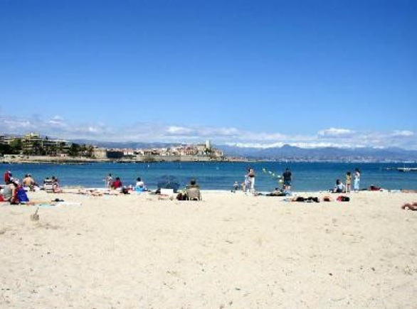 Location Antibes :